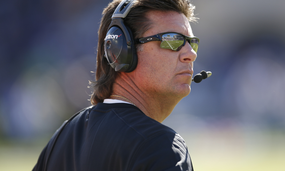 Oklahoma State's Mike Gundy has phone conversations with Tennessee