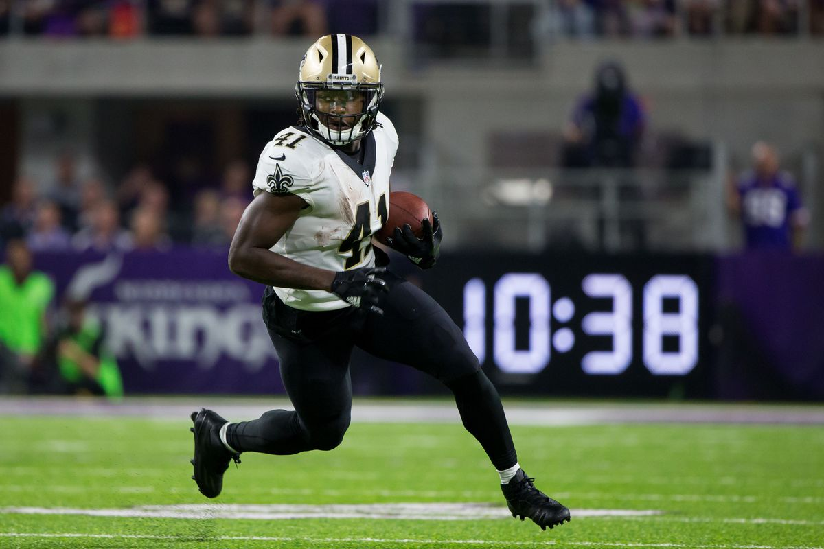 pretty nice a16b2 6218d VIDEO: Alvin Kamara Makes Incredible Catch for a TD | Rocky ...